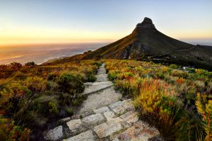 Sunset leading lines with Lions head background. Cape Town Photo Tours