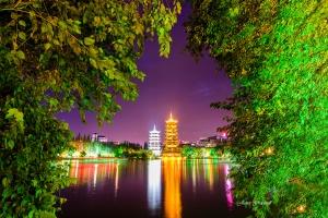 Guilin Pogoda Nightscape. China Photo Tour